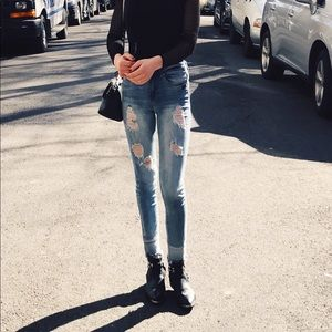 Missguided Mid-Rise Skinny Ripped Jeans 0